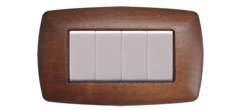 Quasi gratis: campione placca interruttore in legno