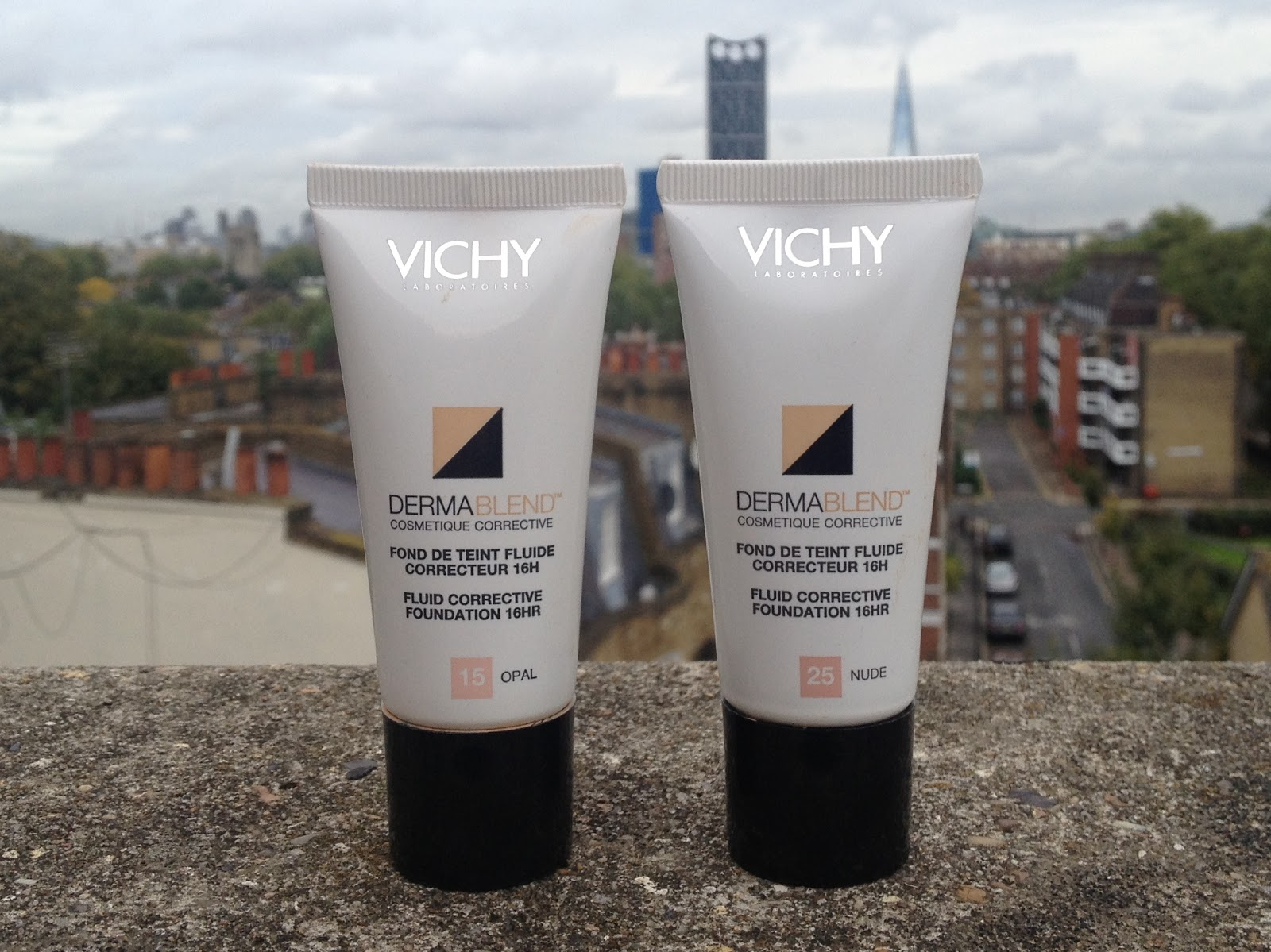 Ritira gratis in farmacia Vichy Dermablend