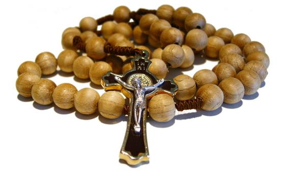 Rosario e materiale religioso in omaggio!