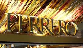 Ferrero regala 2 flute per i brindisi: ecco come riceverli